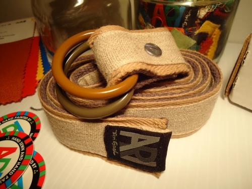 burlap tones. 5 layers of material and custom painted O-rings
